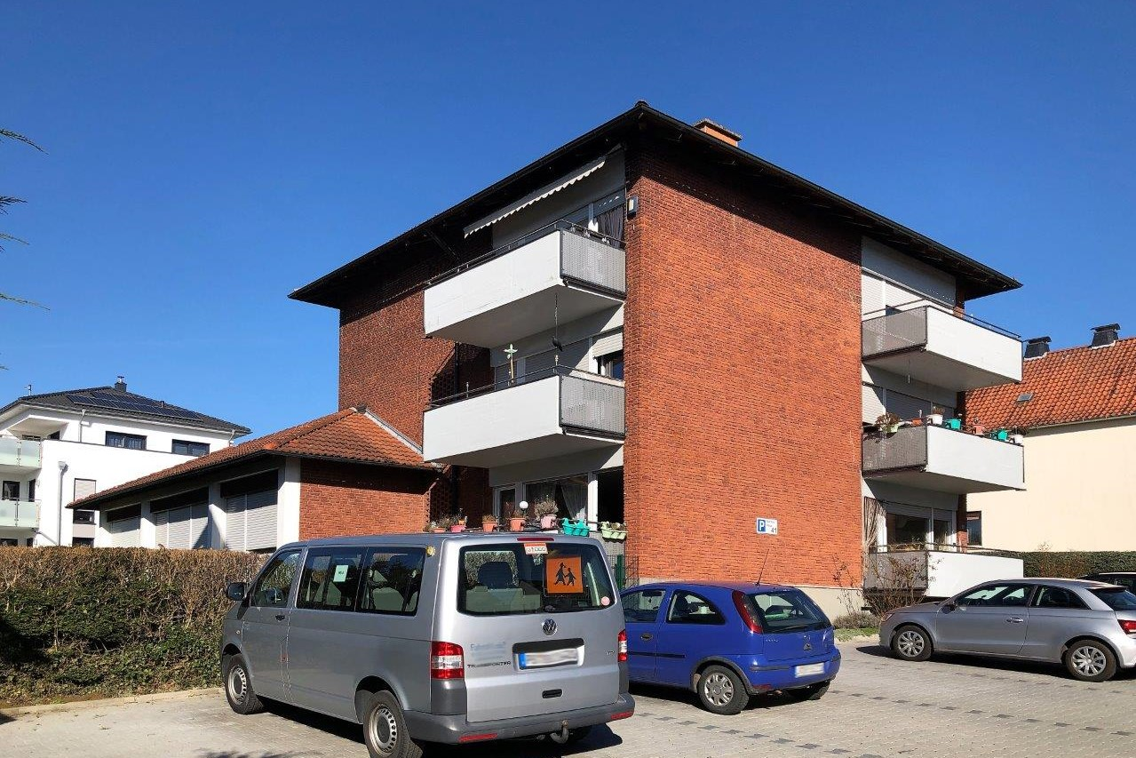 Gepflegtes Mehrfamilienhaus in Detmold zu verkaufen